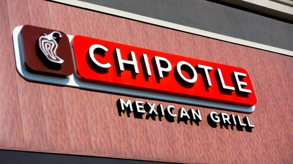 Criminal investigation underway at Chipotle after norovirus outbreak